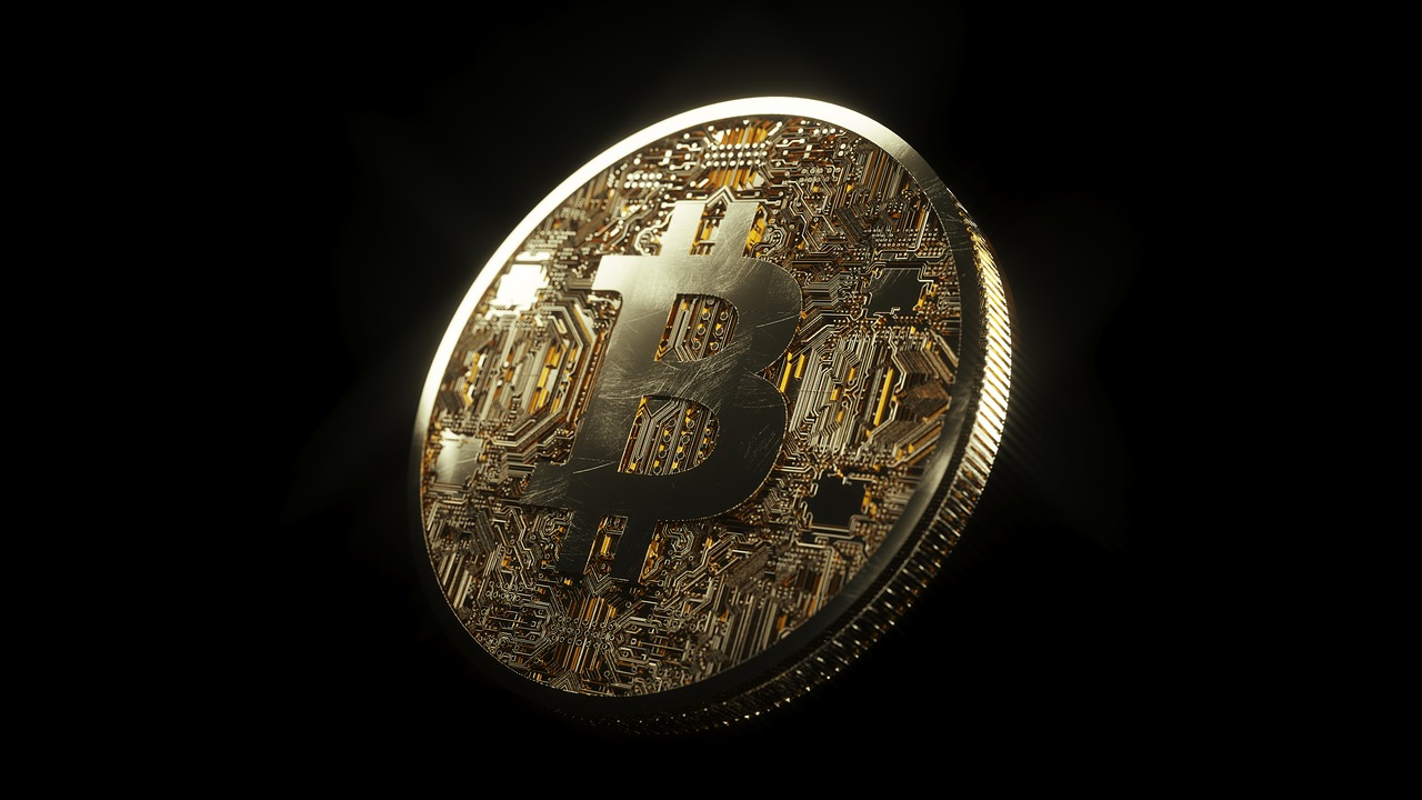 'I sold almost all of my bitcoin' vs 'buy the dip': which makes sense?